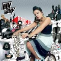 Knock 'Em Out-Lily Allen-专辑《Alright, Still (Deluxe)》-2